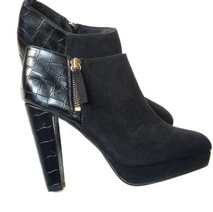 H&M snake print faux suede bootie size 5.5